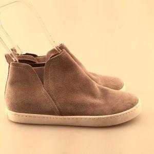 NWOT Dolce Vita Zady Slip on High Top Sneaker Shoe